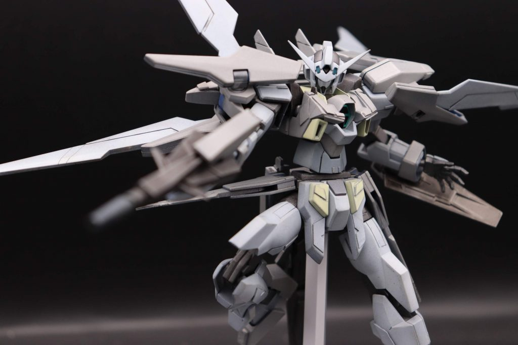 ガンダムAGE-2ハイパードッズライフル射撃ポーズ