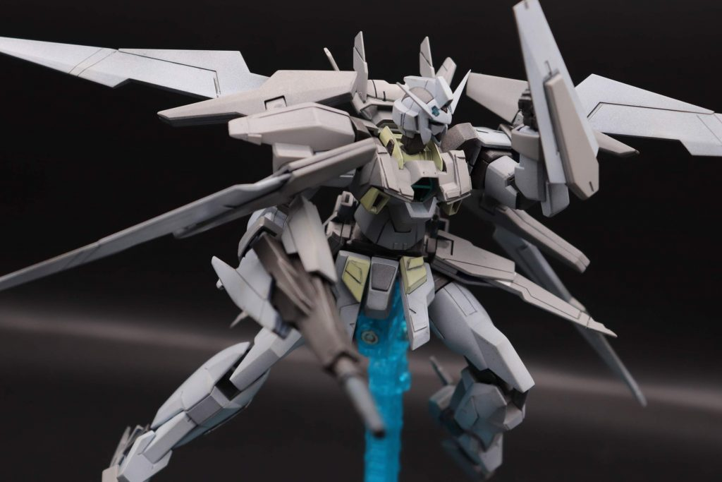 ガンダムAGE-2シールドタックル